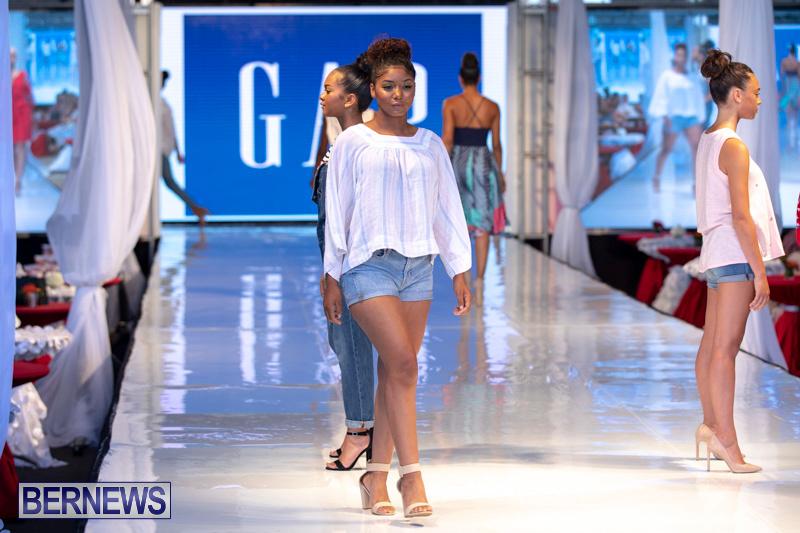 Bermuda-Fashion-Festival-Evolution-Retail-Show-July-8-2018-5567