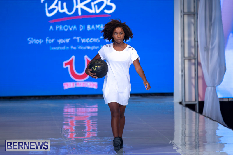 Bermuda-Fashion-Festival-Evolution-Retail-Show-July-8-2018-5659