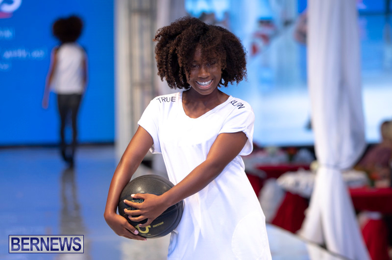 Bermuda-Fashion-Festival-Evolution-Retail-Show-July-8-2018-5669