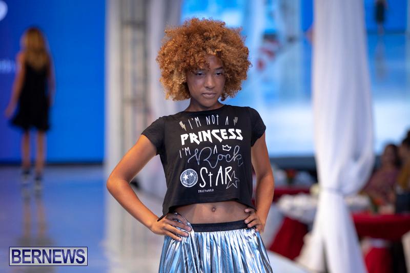 Bermuda-Fashion-Festival-Evolution-Retail-Show-July-8-2018-5738