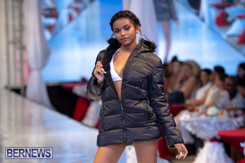 Bermuda-Fashion-Festival-Evolution-Retail-Show-July-8-2018-5824