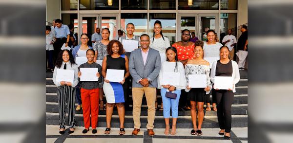 Scholarships and Awards Bermuda July 2018 (1)