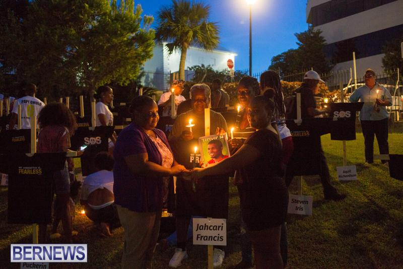 08-Break the silence vigil bermuda aug 2018 (20)
