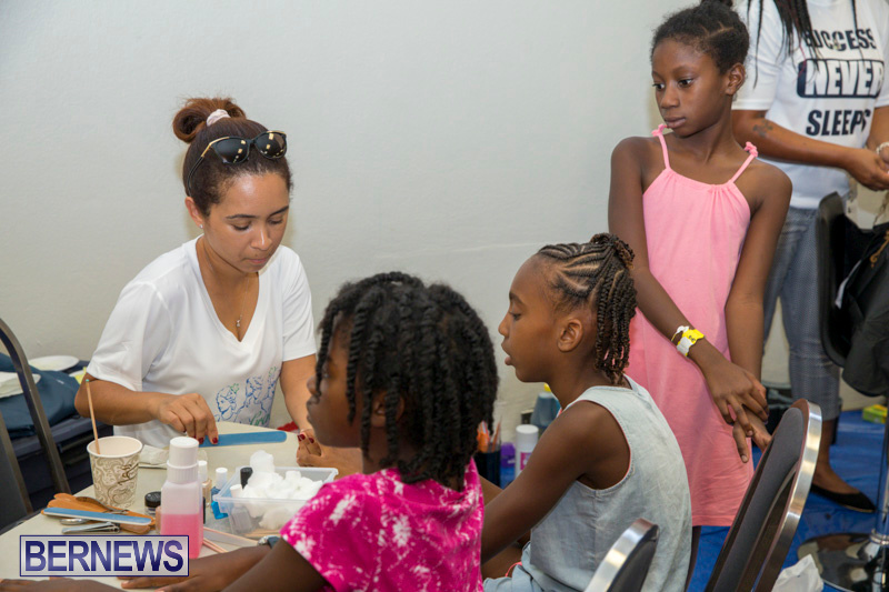 Caines-Brothers-Back-to-School-Bermuda-September-6-2018-5747