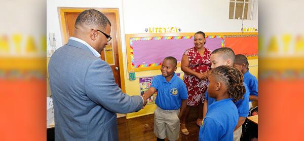 Opening Day of School Bermuda Sept 10 2018 (7)