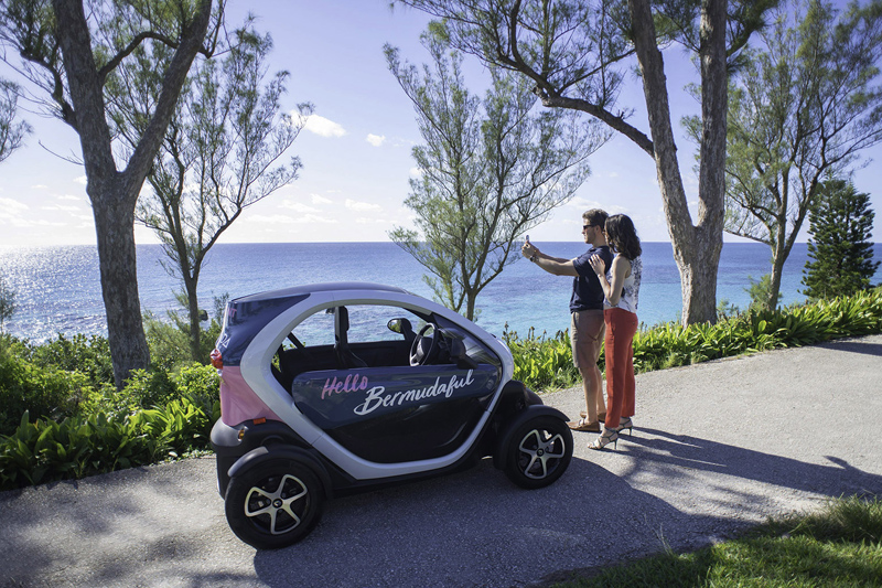 Twizy Mini-Car Bermuda September 2018