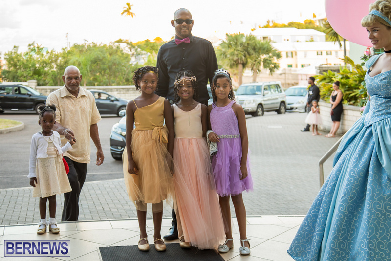 21-Tiaras-Bowties-daddy-Daughter-Dance-Bermuda-2017-66