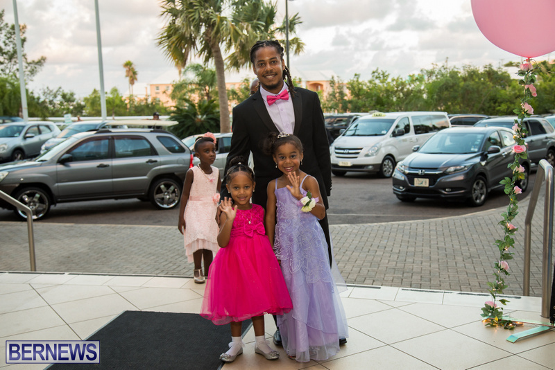 22-Tiaras-Bowties-daddy-Daughter-Dance-Bermuda-2017-77