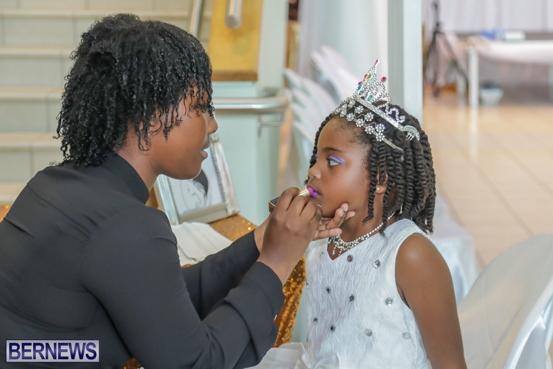 35-Tiaras-Bowties-daddy-Daughter-Dance-Bermuda-2017-13