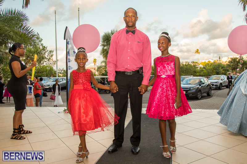 46-Tiaras-Bowties-daddy-Daughter-Dance-Bermuda-2017-56