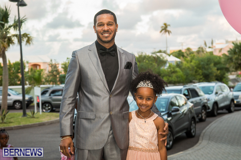 47-Tiaras-Bowties-daddy-Daughter-Dance-Bermuda-2017-83