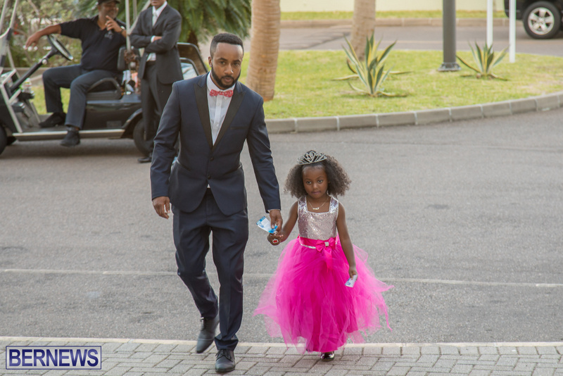 49-Tiaras-Bowties-daddy-Daughter-Dance-Bermuda-2017-42