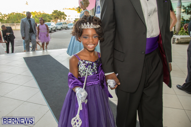 61-Tiaras-Bowties-daddy-Daughter-Dance-Bermuda-2017-34