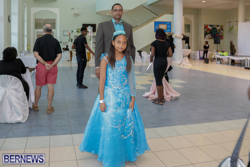 62-Tiaras-Bowties-daddy-Daughter-Dance-Bermuda-2017-8