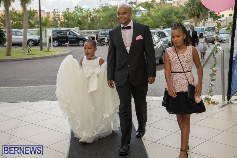 84-Tiaras-Bowties-daddy-Daughter-Dance-Bermuda-2017-86