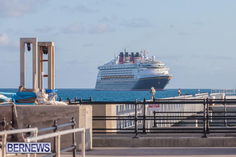 Disney-Magic-cruise-ship-Dockyard-Bermuda-October-6-2018-3