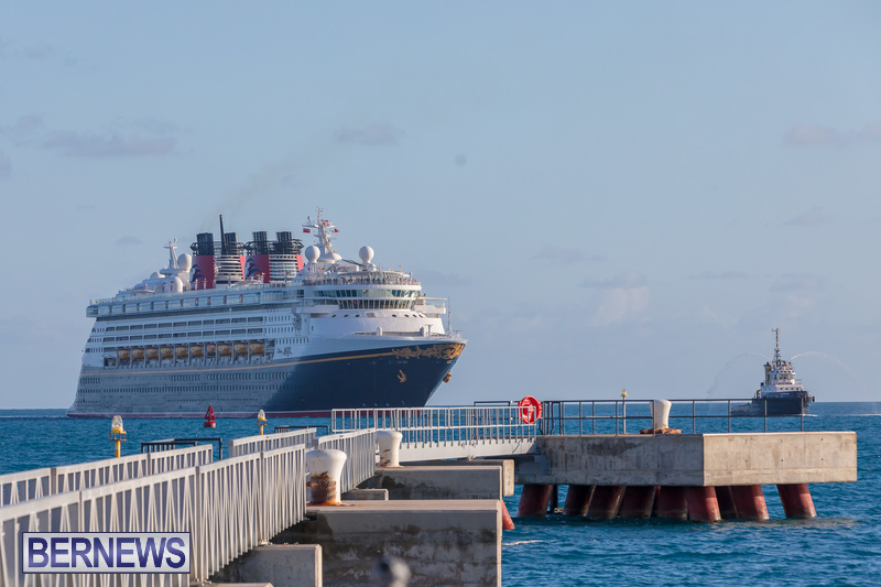 Disney-Magic-cruise-ship-Dockyard-Bermuda-October-6-2018-4
