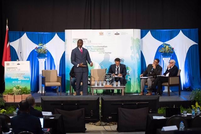 Minister Caines ICT Forum Bermuda Oct 3 2018 (1)