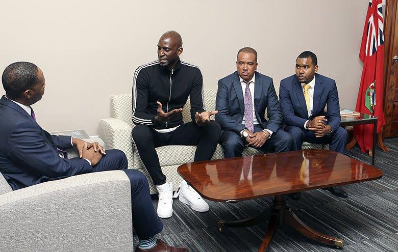 Premier Meets Kevin Garnett Bermuda Oct 15 2018 (3)