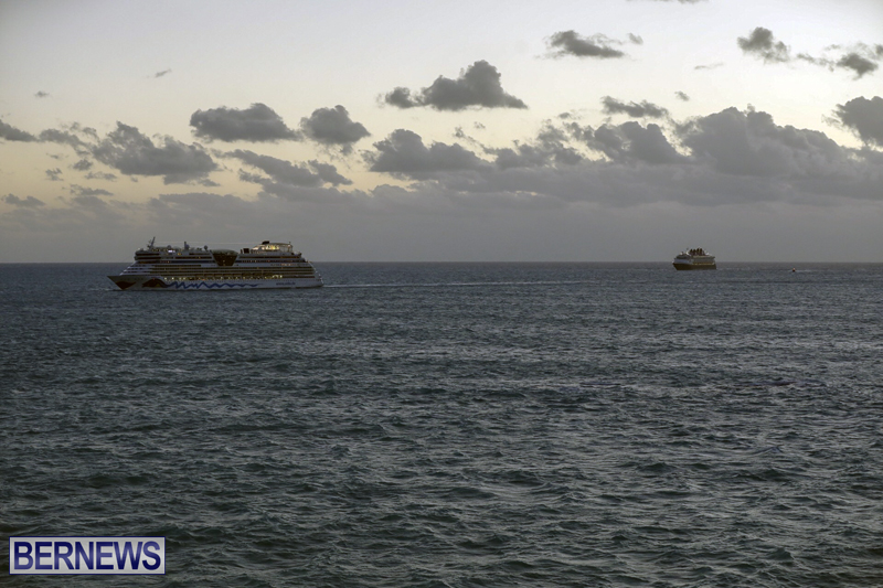 cruise ships arriving Bermuda Oct 31 2018 (12)
