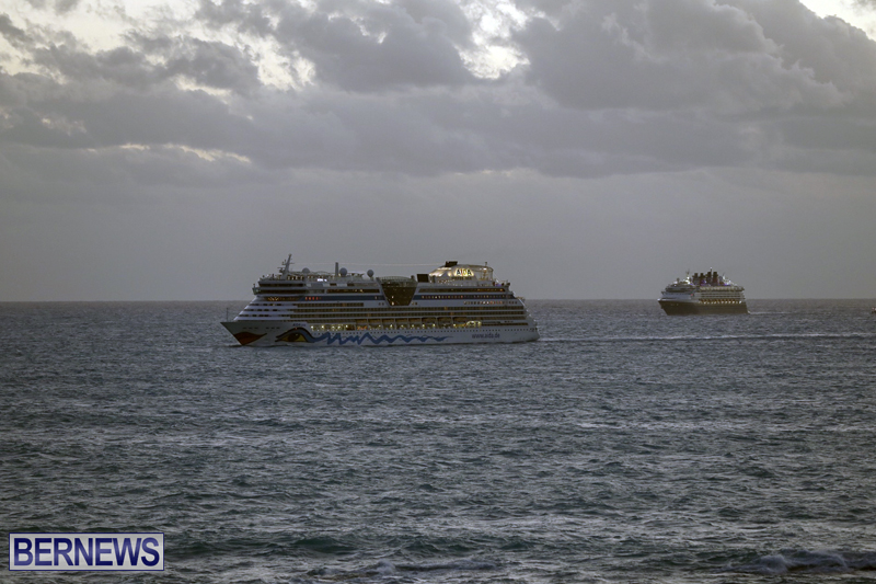 cruise ships arriving Bermuda Oct 31 2018 (9)