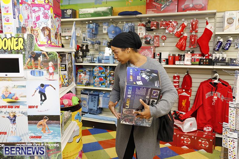 Black-Friday-Sales-Bermuda-Nov-23-2018-28