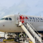 Children Greet Santa At Airport Bermuda, November 23 2018-8321