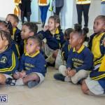Children Greet Santa At Airport Bermuda, November 23 2018-8389