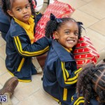 Children Greet Santa At Airport Bermuda, November 23 2018-8442