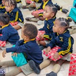 Children Greet Santa At Airport Bermuda, November 23 2018-8463