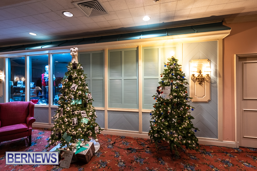 Fairmont Southampton Christmas tree Bermuda Nov 2018 (2)