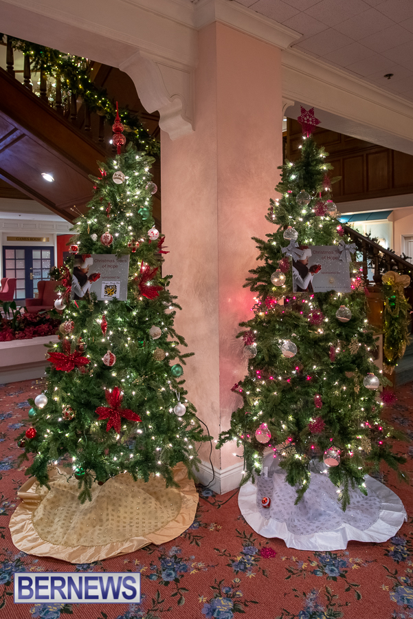 Fairmont Southampton Christmas tree Bermuda Nov 2018 (6)