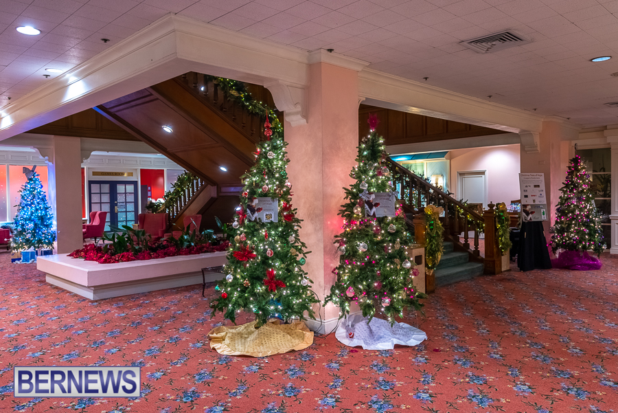 Fairmont Southampton Christmas tree Bermuda Nov 2018 (7)