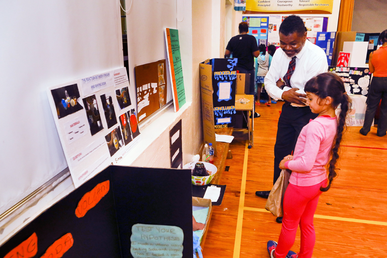 Somerset-Primary-School-Science-Fair-Bermuda-Nov-22-2018-10