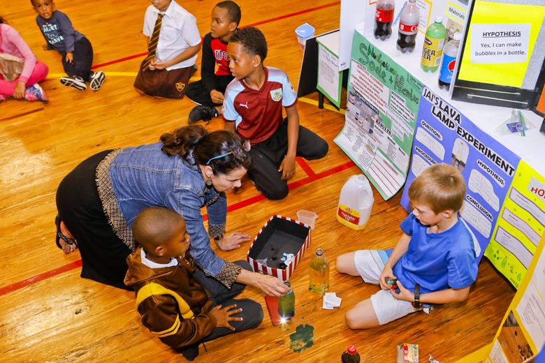 Somerset-Primary-School-Science-Fair-Bermuda-Nov-22-2018-11