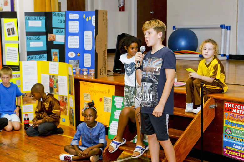 Somerset-Primary-School-Science-Fair-Bermuda-Nov-22-2018-12