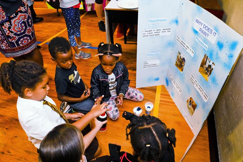 Somerset-Primary-School-Science-Fair-Bermuda-Nov-22-2018-21