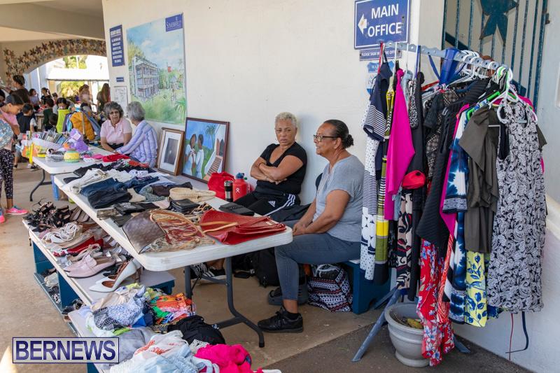 Somersfield-Academy-Peddlers-Artisans-Porch-flea-market-sale-Bermuda-November-3-2018-3765