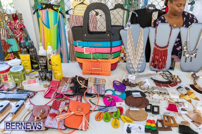 Somersfield-Academy-Peddlers-Artisans-Porch-flea-market-sale-Bermuda-November-3-2018-3808