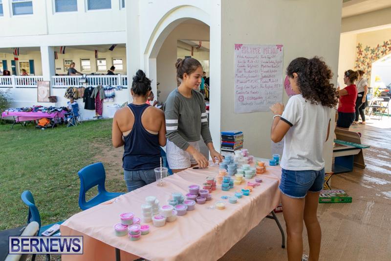 Somersfield-Academy-Peddlers-Artisans-Porch-flea-market-sale-Bermuda-November-3-2018-3838