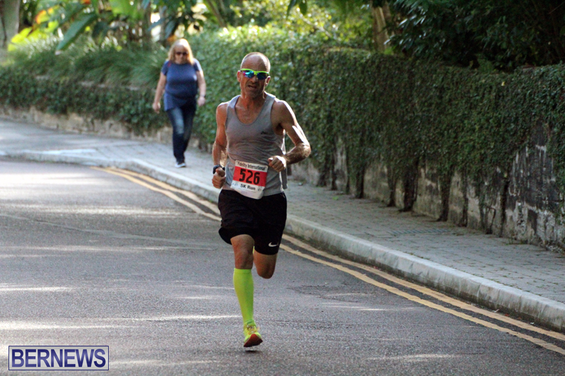 road-running-Bermuda-Nov-7-2018-4