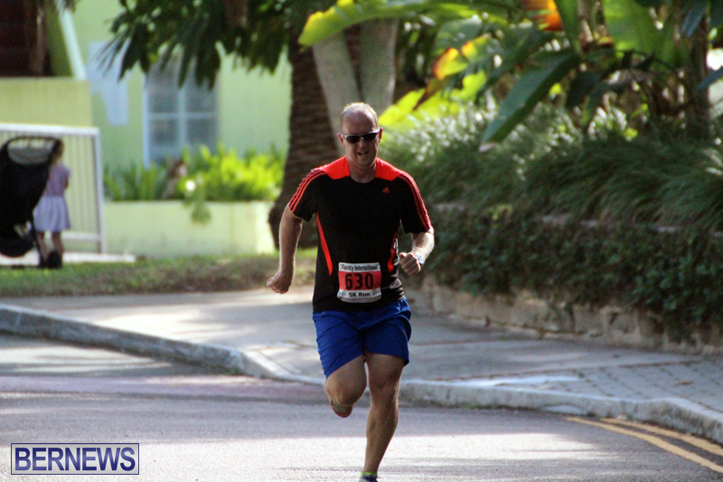 road-running-Bermuda-Nov-7-2018-5