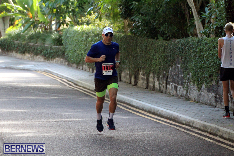 road-running-Bermuda-Nov-7-2018-8