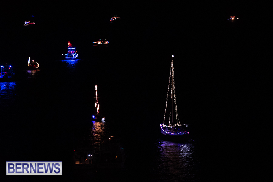2018-Christmas-Boat-Parade-Hamilton-JM-1