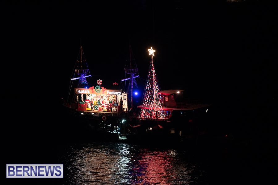 2018-Christmas-Boat-Parade-Hamilton-JM-98