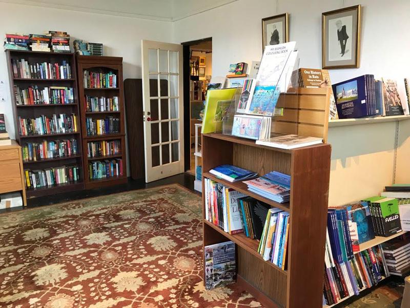 Bermuda Book Store December 2018 (3)