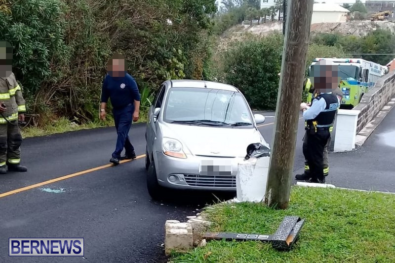 Car Collision Cobbs Hill Road Bermuda, December 22 2018 (1)
