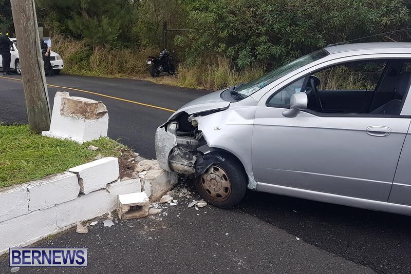 Car Collision Cobbs Hill Road Bermuda, December 22 2018 (4)