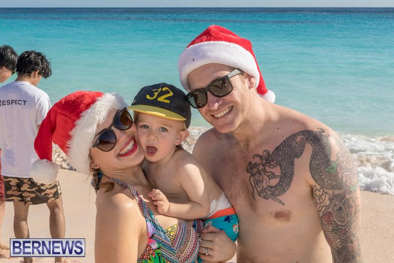 Christmas-Day-Bermuda-at-Elbow-Bay-Beach-2018-DF-19