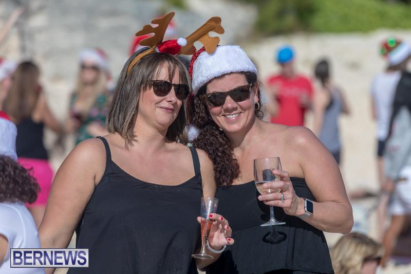 Christmas-Day-Bermuda-at-Elbow-Bay-Beach-2018-DF-21